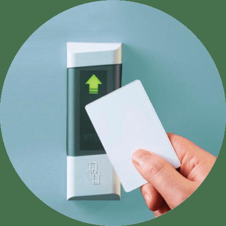 Установка систем контроля и управления доступом по карточкам
